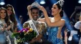 """Южноафриканката Тунзи грабна короната на """"Мис Вселена"""" за 2019 г."""