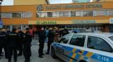 Мъж застреля 4 души в болница в Чехия и избяга