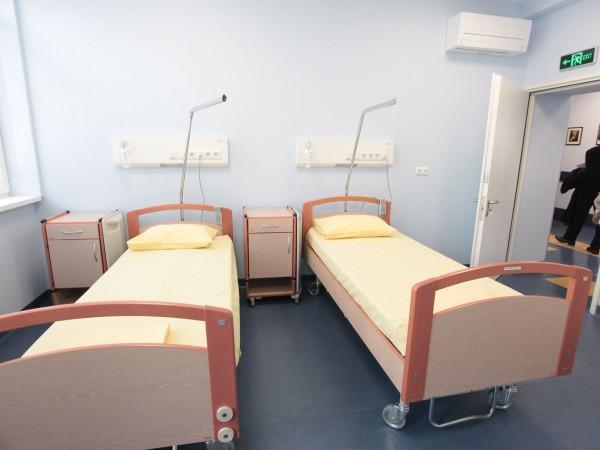 Министърът на здравеопазването Кирил Ананиев откри ремонтираната Клиника по медицинска