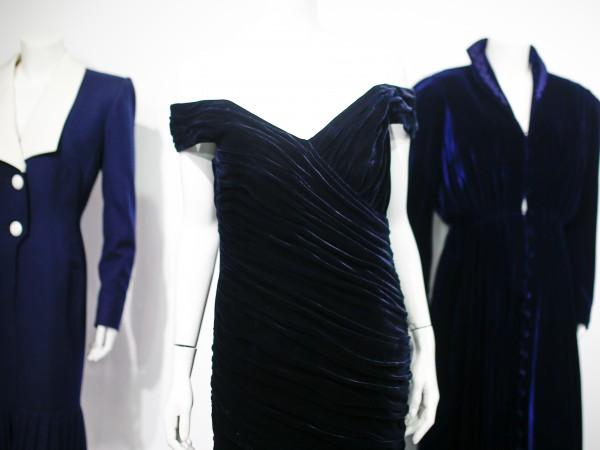 Известната синя рокля на принцеса Даяна, която тя носеше по