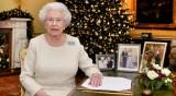 Елизабет II се подготвя за Коледа: На какви тоалети ще заложи?