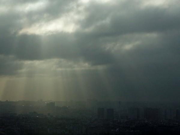 Над страната ще преобладава облачно, а в равнините и мъгливо