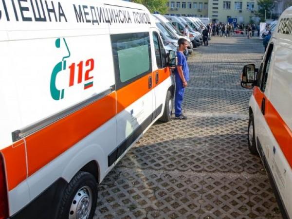 Дете е изхвърчало от кола при катастрофа в Добрич.Съобщението за