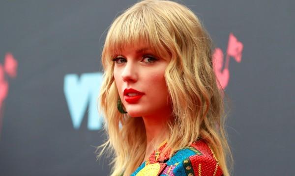 Тейлър Суифт разкри, че ще направи много по-кратко музикално турне
