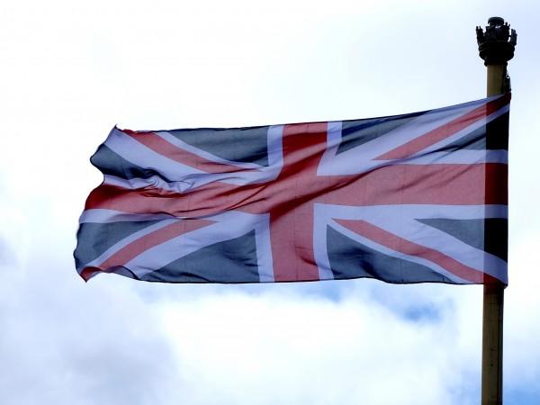 Изборните резултати бяха приветствани като победа за английския, шотландския и