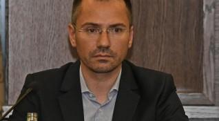Джамбазки едва ли ще напусне ЕП, от партията: Всеки греши!