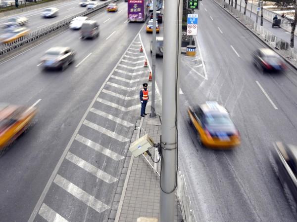 Голяма част от българите подкрепят по- високи такси за камиони
