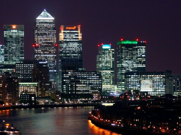 В класациите на световните международните финансови центрове обичайно челни места
