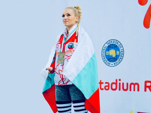 Световната и европейска шампионка по таекуондо и кикбокс – Албена