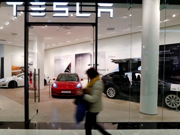 2019 г. беше трудна за производителите в автомобилната индустрия. Глобалните