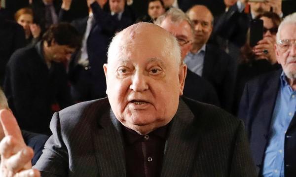 Горбачов съзря: САЩ се стреми към абсолютно военно превъзходство