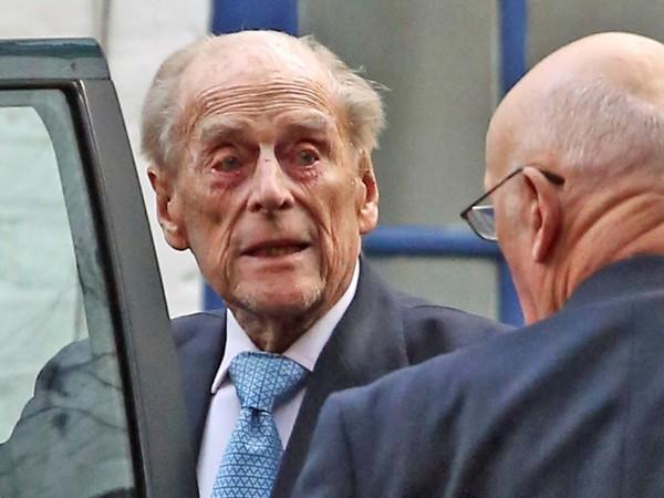 Съпругът на британската кралица Елизабет Втора, 98-годишният принц Филип, херцог