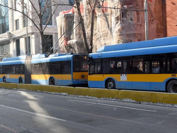 С цел осигуряване на транспортното обслужване на столичани и гостите