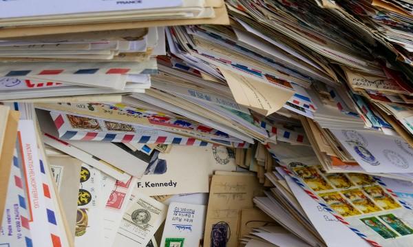 Пет холандски компании получиха бомби в пощенски пликове