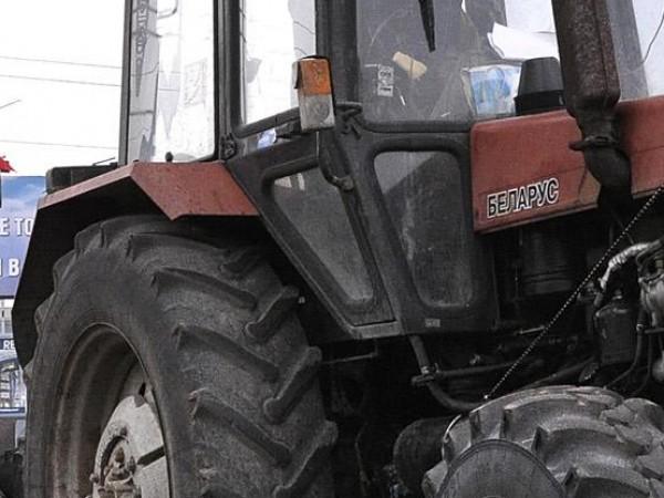 Полицията в Любимец установи и задържа два души за извършен