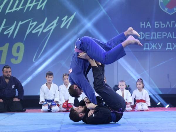 """Снимка: Bulgaria ON AIR излъчва бляскавата церемония """"Златен пояс"""""""