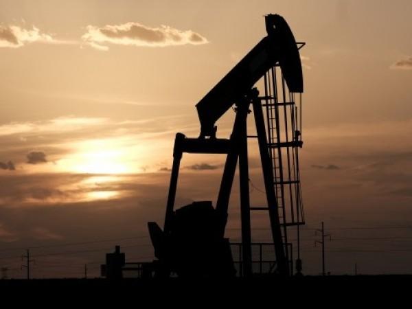 Русия е готова да възобнови доставките на петрол за Беларус