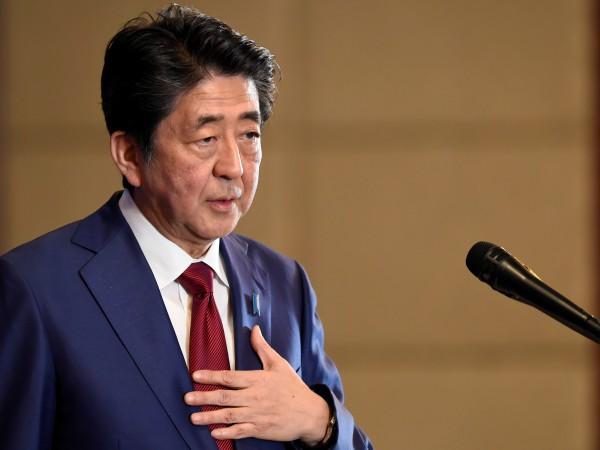 Японският премиер Шиндзо Абе изрази безпокойство от ситуацията в Близкия