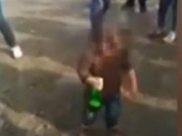Полицаите бързо установиха кое е малкото дете, което се появи