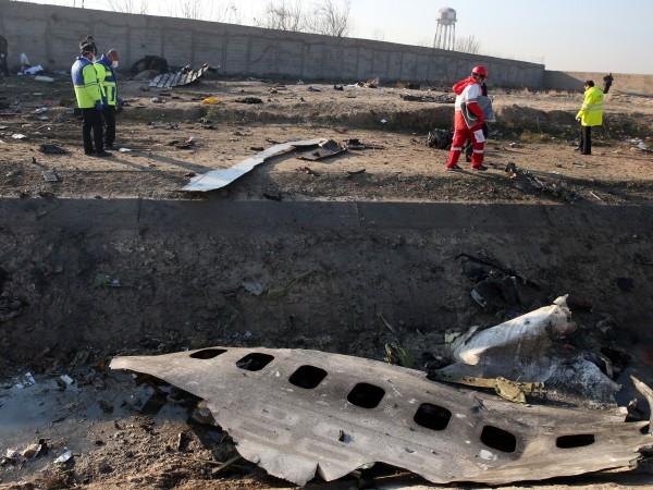 Няма оцелели при катастрофата на украинския пътнически самолет, разбил се