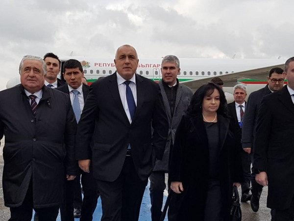 Премиерът Бойко Борисов вече е в Истанбул, където ще присъства