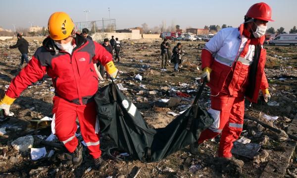 Иран ще накаже виновните за свалянето на самолета!