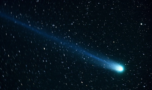Метеорит докара звезден прах, по-стар от Слънцето