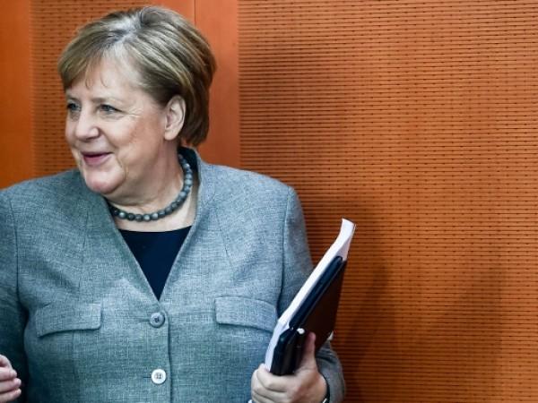 Европа трябва да поеме повече отговорност в световната политика и