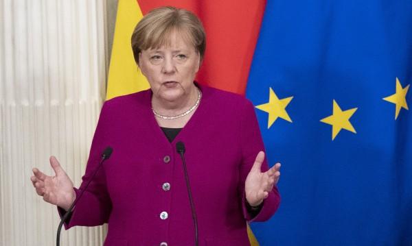 Меркел: Brexit да стане зов за събуждане на ЕС!