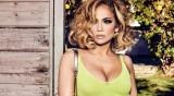 Дженифър Лопес по-секси от всякофга в кампания на Guess