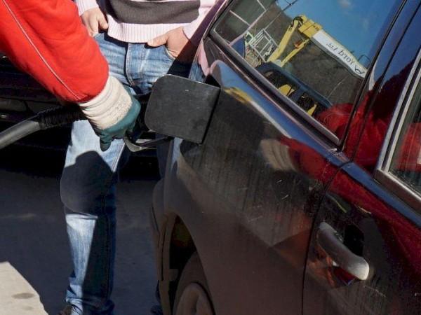 Нов начин на обслужване въвеждат част от големите бензиностанции -