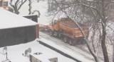 Снежни бури отмениха стотици полети в САЩ