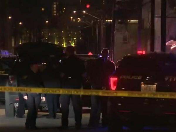 Двама души бяха убити, а петима други бяха хоспитализирани след
