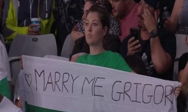 Директно: Фенка се предложи за жена на Гришо!