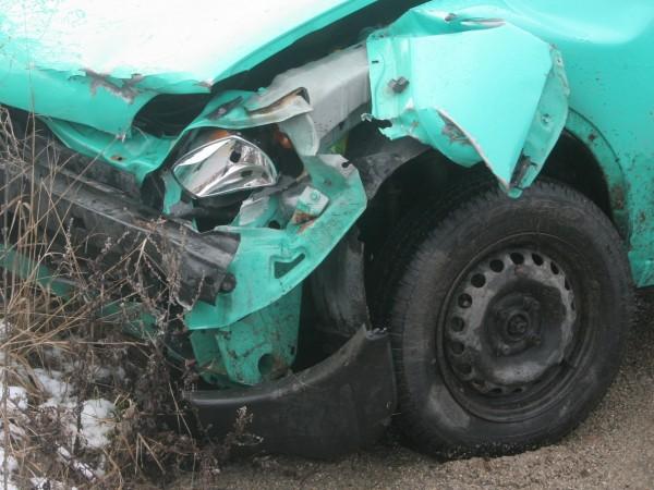 Пиян мъж открадна кола и катастрофира с нея в Кърджали,