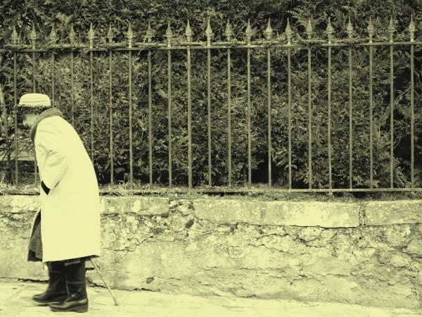 Лошо отношение към възрастните хора в социалните домове, ниски пенсии,