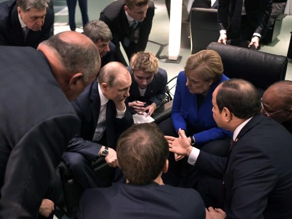 След пет часа разговори в Берлин, световните лидери взеха решение: