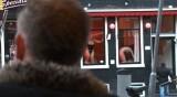 Какво е да живееш в Квартала на червените фенери в Амстердам?