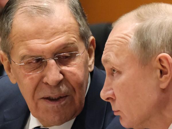 Руският президент Владимир Путин назначи новото правителство на страната, като