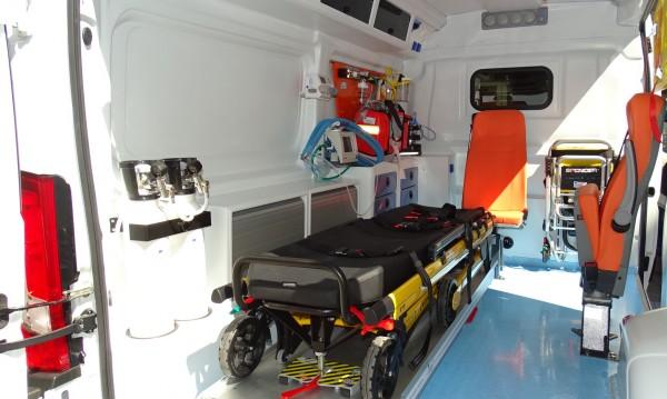Три стъпала човещина: Шофьор на линейка отказа да помогне на пациент