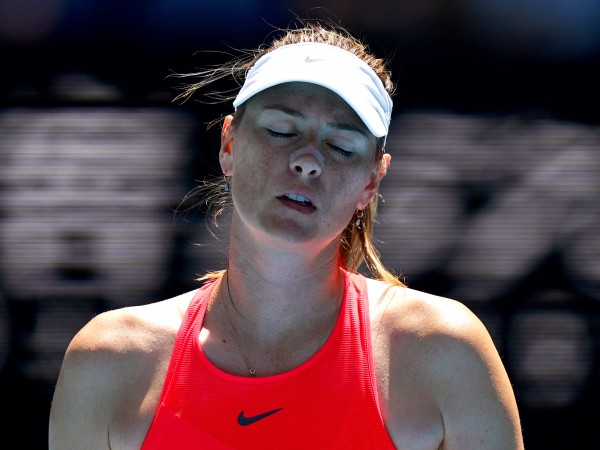 Мария Шарапова претърпя тежка загуба още в началото на Australian