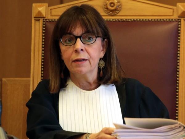 Гръцкият парламент избра Екатерини (Катерина) Сакеларопулу за президент на републиката.