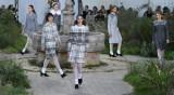 Вирджини Виар представи новата колекция на Chanel