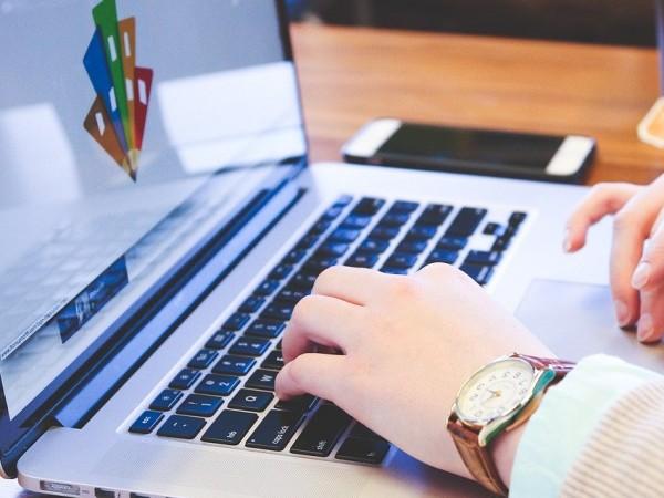 Социалните мрежи и анонимните сайтове се превърнаха в най-добрия проводник
