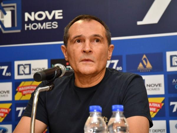 Най-богатият българин Васил Божков ще остави Левски, ако новият закон