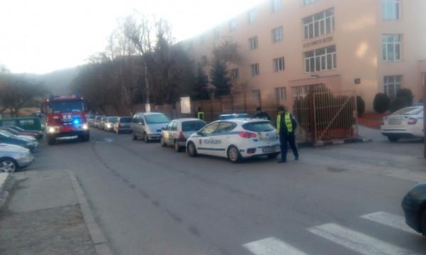 Подаден е сигнал за бомба в училище в Благоевград