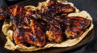 Рецептата Dnes: Пилешки крилца с магданоз
