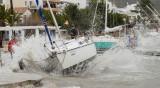 Бури в Испания взеха десет жертви тази седмица