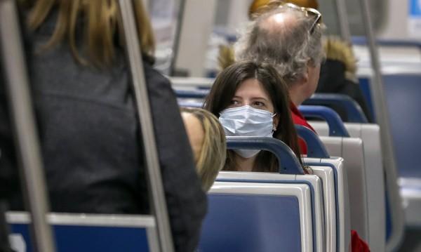 Грип, вируси... Могат ли маските да ни предпазят от зараза?
