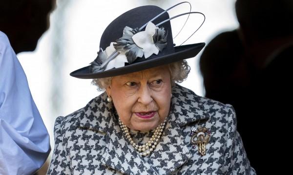 Кралицата подписа, пътят към  Brexit e открит